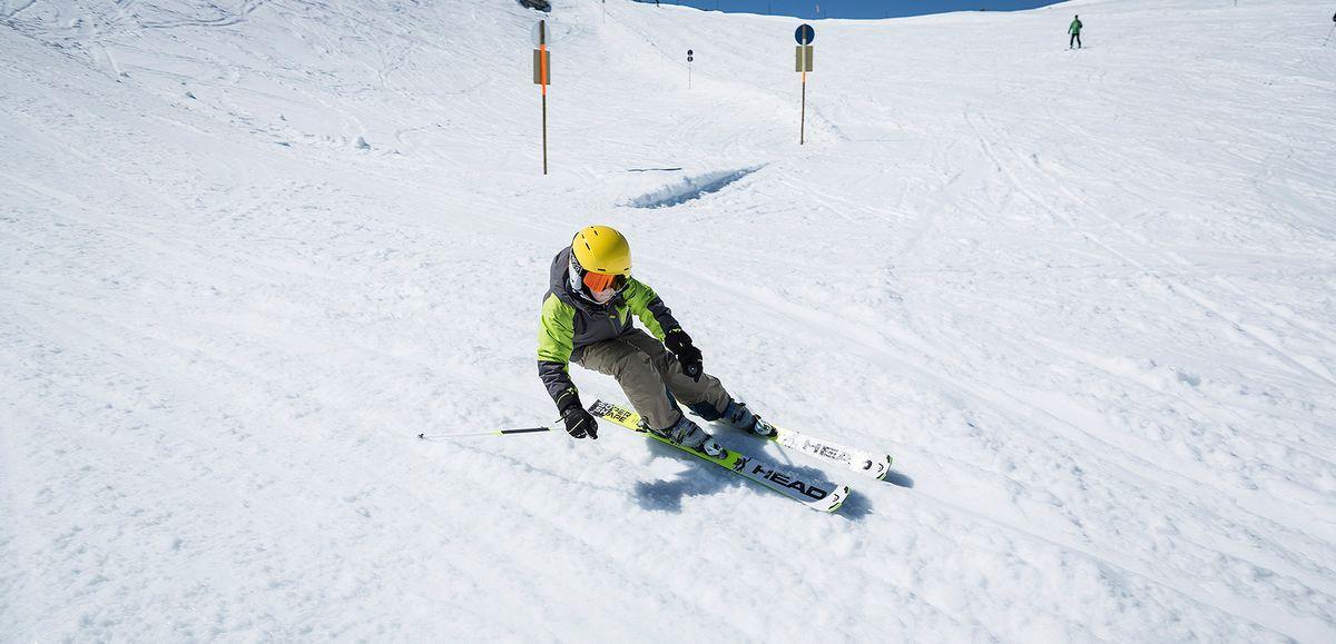 taille ski enfant performant